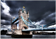 Camino del patbulo / In my way to the scaffold (MarceloRuiz) Tags: greatbritain inglaterra england storm london towerbridge unitedkingdom londres tormenta reinounido puentedelondres sigma1020 myphotobook mywinners nikond80 platinumphoto theunforgettablepictures davincitouch