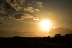 20170217_003_2 (まさちゃん) Tags: 夕暮れ時 夕陽 シルエット silhouette 空 雲