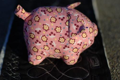 Piggy side