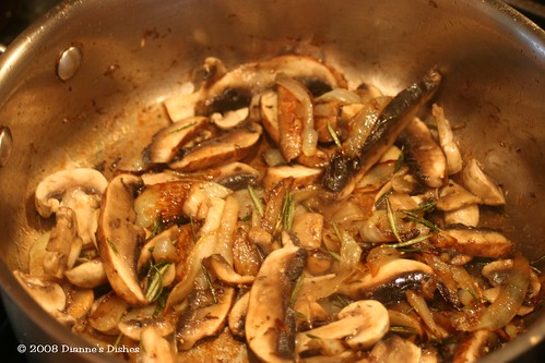 Double Mushroom Soup: Mushrooms and Onions