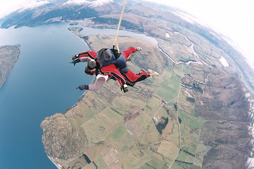2239737859 d9a4c26d70 Top Five Skydiving Spots for an Adventure Vacation