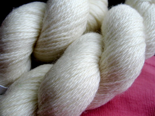 Undyed sock yarn