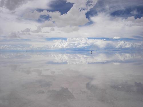 フリー画像| 自然風景| ウユニ塩湖/ウユニ塩原| 雲の風景| ボリビア風景| 白色/ホワイト|      フリー素材|