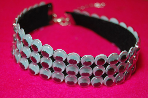 googly eye choker