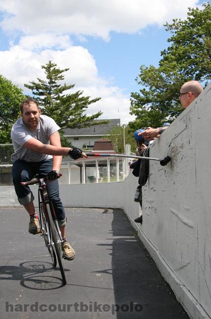 bike polo nishiki tap out