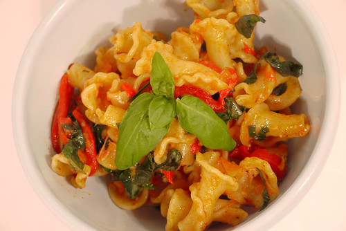Pasta with Roasted Red Pepper, Fresh Basil and Parmesan