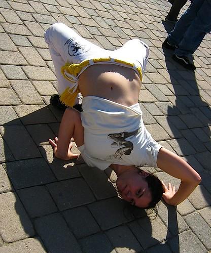 kayla ankeny capoeirist contortion.jpg