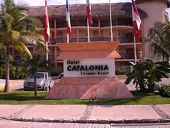 front 'Catalonia Yucatán Beach'