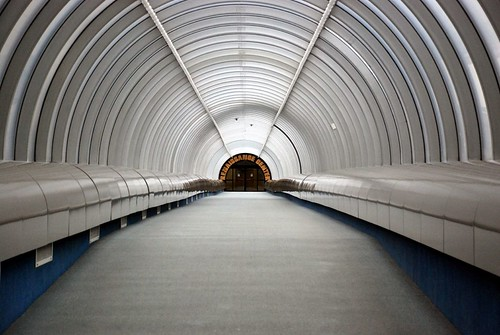 RenCen Tunnel 2