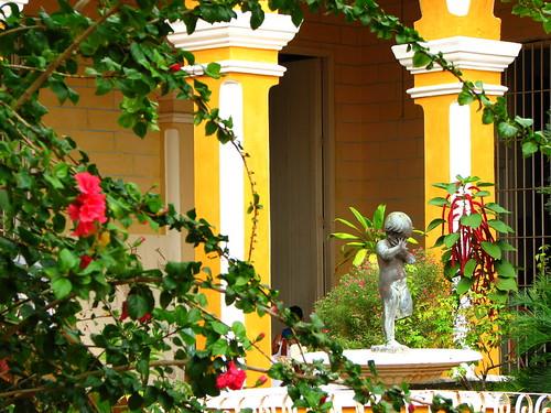 Trinidad, Cuba por headlessmonk.