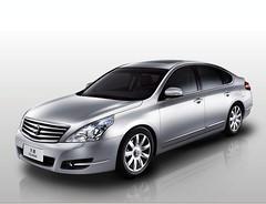 Nissan Teana Premium Sedan 3