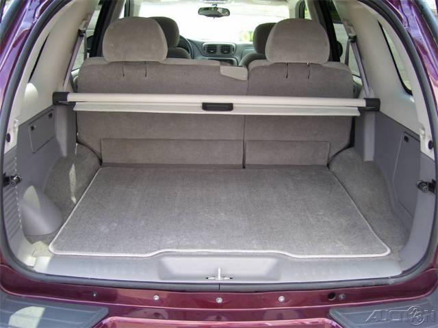 2002-2004 Chevrolet Trailblazer EXT Custom Fit Sun Shade