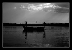 The Alone Fisherman (Caucas') Tags: b sea bw mer white holiday fish black net blancoynegro blanco azul digital forest canon turkey island eos rebel coast la landscapes boat mar fisherman veil w trkiye negro turquie trkei le hemingway reflexions et blacksea karadeniz deniz beyaz sandal turkije turquia turkish homme the noire tatil turkei sinop   caucas kayk siyah anadolu balk sinope xti  sinuwa akliman