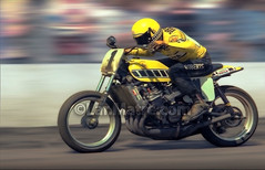 The fastest-ever mile photo. (Matre) Tags: motion speed sanjose motorcycles racing motorcycle yamaha kr matre banned dirttrack kodachrome64 blueribbonwinner kennyroberts wheelies vps supershot themile larmatre tz750 abigfave artlibre goldstaraward matrephotography