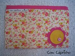 Necessaire Rosinhas (Com Capricho) Tags: handmade sewing flor rosa craft feltro rosinha florzinha capricho costura necessaire comcapricho