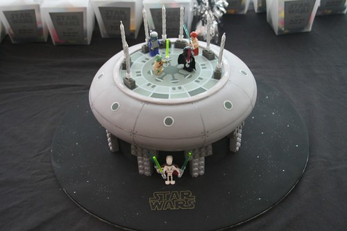 The final Star Wars Lego cake