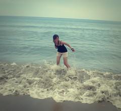 Go to sea (Syka Lê Vy) Tags: sea summer vacation portrait selfportrait beach girl smile waves vietnam vy miss dreamer 2009 sleepwalker lê blueocean đànẵng syka lăngcô fromsykawithlove sykalevy lehoangvy sundayspirit