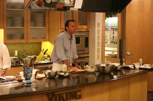 Michael Ruhlman Cooking Demo at Viiking: 11/9