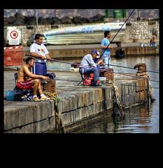 Pescatori al Granatello (Vesuviano - Nicola De Pisapia) Tags: mare campania estate barche porto napoli portici pesca soe molo pescatori shieldofexcellence vesuviano aplusphoto vesuviani