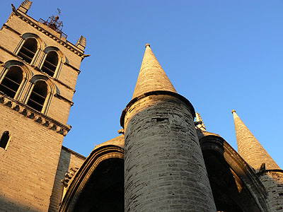 eglise saint pierre 1.jpg