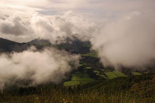 Entre nuvens