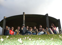 Hangiando (-Passenger-) Tags: picnic bogot passenger findeao parquesimnbolvar chamizo flickrencounter