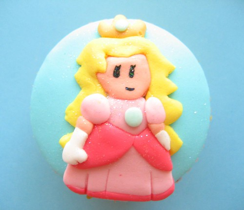 super mario peach cupcake
