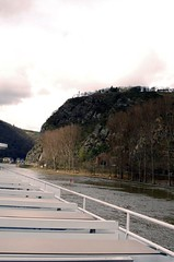 Approaching the Loreley Rock (beketchai) Tags: rhineriver loreleyrock