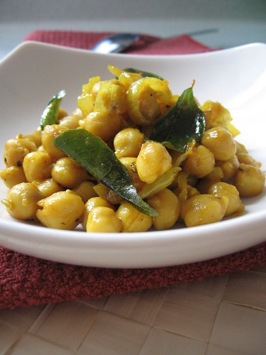 Indian spicy chickpeas homemade easy cooking teczcape an indian spicy chickpeas homemade easy cooking teczcape an escape to food forumfinder Choice Image