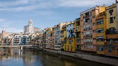 Girona (luisandreim) Tags: catalunya cataluña cathedral españa girona leica leicaq spain catedral river río