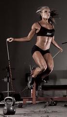 kaslı vücutlar seksi bacak Kaslı kadın vücudu baldır bacak Basen eritme hareketleri Kalça eritme hareketleri