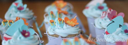 Luau cupcakes - 3