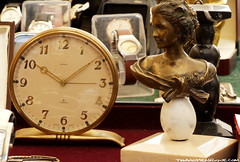 Swiss Clock and The Bronze Bust (ThiagoHenrique ) Tags: woman clock bronze de swiss sopaulo mulher fair bust sp busto the benedict suio calixto thiagohenrique adoradoresdesp relgio