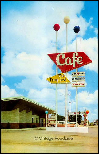 Vintage postcard - Lamp Post Cafe - Hastings, Nebraska
