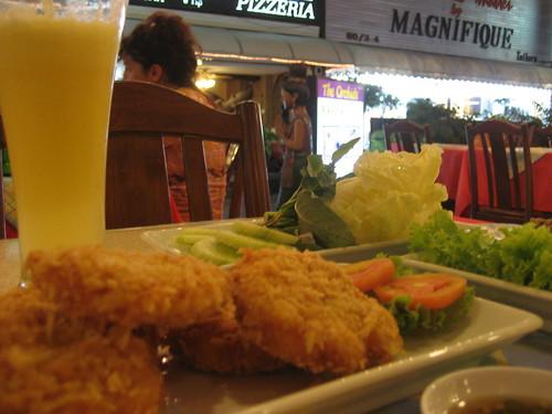 First dinner in Phuket...