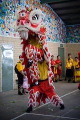 Lion dance - Lift stunt
