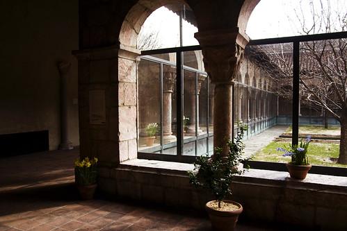cloistery