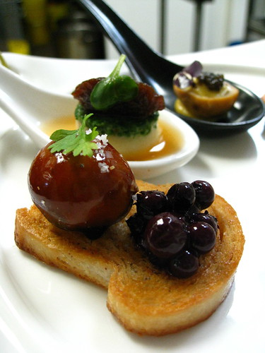 foie pate, wild blueberry preserves, spiced mantau bread