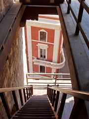 Dalla Torre (landismar) Tags: sardegna italy sardinia monumenti cagliari sardinien escaleras sardaigne cerdea
