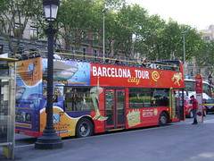 Barcelona City Tour (Francis Lenn) Tags: barcelona city bus public buses europa europe transport catalonia transportation catalunya metropolitan metropolitano autobuses públic metropolita autobusos