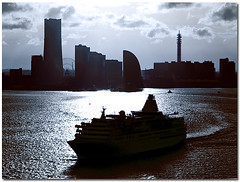 Yokohama Bay, Japan (Metropol 21) Tags: sea japan skyline ship cityscape yokohama cruiser landmarktower ghostcity