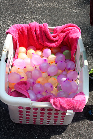 water-balloons-basket