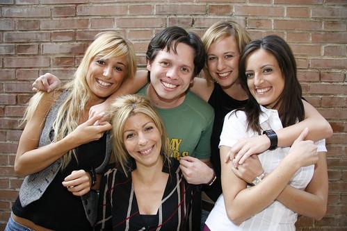 Con las chicas Mobuzz