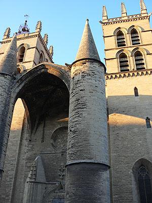 portique de saint pierre.jpg