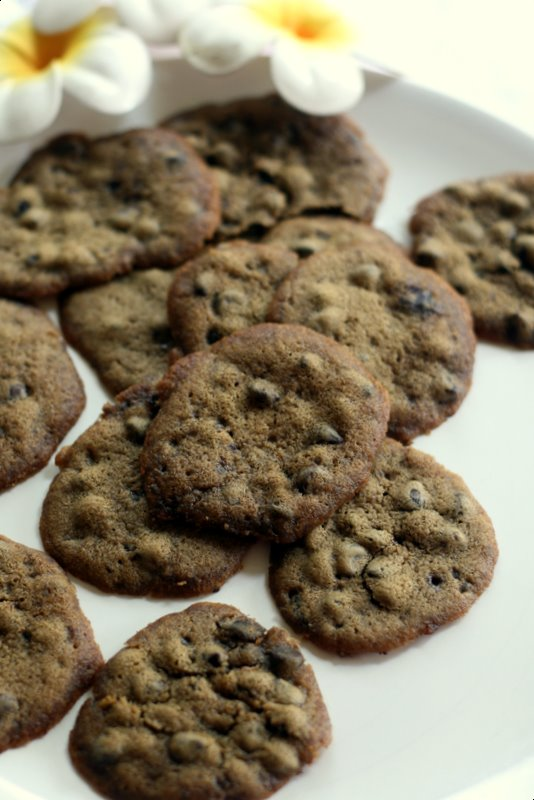 Chocolate Chip Cookies by LL