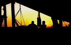 pr-do-sol em piri (Edison Zanatto) Tags: sunset brazil naturaleza sun sol southamerica nature silhouette brasil backlight sunrise contraluz atardecer soleil nikon natureza natur prdosol  silueta crpuscule sonne ocaso sonneuntergang alvorada pirenpolis tarde contrejour controluce anochecer anoitecer coucherdesoleil pirinpolis nikonn90s gois crepsculo nascente contrallum silhueta puestadelsol americadosul poente puestas fimdetarde luscofusco sdamerika centrooeste dilculo postadelsol fujicolorprovalue200 filme35mm crepsculovespertino vrzeadolobo postadosol continentesulamericano edisonzanatto