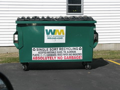 W-M recycling dumpster (ffdav_1) Tags: dumpster garbage management waste refuse recycling