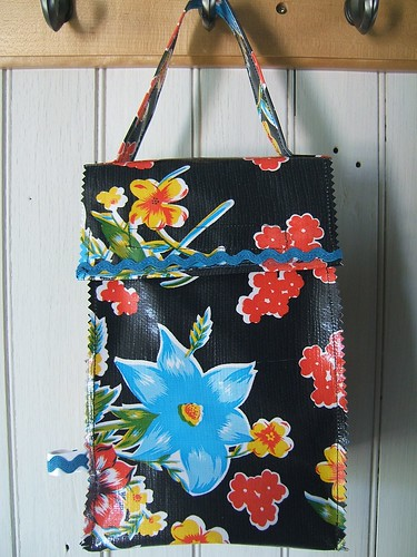 Black Hawaiian Oilcloth Lunch Bag 003
