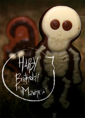 [Happy Birthday Mawnii] (✧S) Tags: birthday macro halloween grass cat dark cherry skeleton happy skull focus chocolate bob here wuz cherrykisses trickortreatp mawnii amoonii