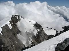Panorama dalla cima #2 (supermario [oltre la CIGS]) Tags: vette vetta nubi montagne montagna ciamarella caicaselle alpinismo 150anni vallidilanzo alpinisti mountain mountains italia italy piemonte piedmont